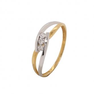 Bague trilogie bicolore en or 750/000 et ses trois diamants 0.03 carats